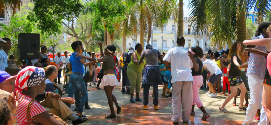 People dance salsa in Havana Cuba
