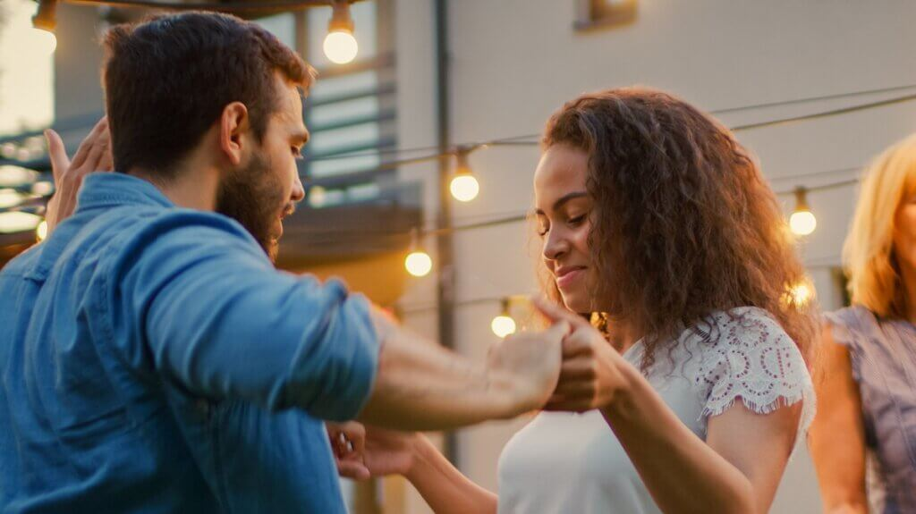 Woman leads man in role-switched bachata
